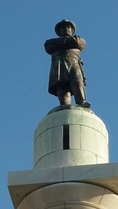 Monument to Gen. Robert E. Lee in New Orleans. (Image courtesy of Wikimedia.)